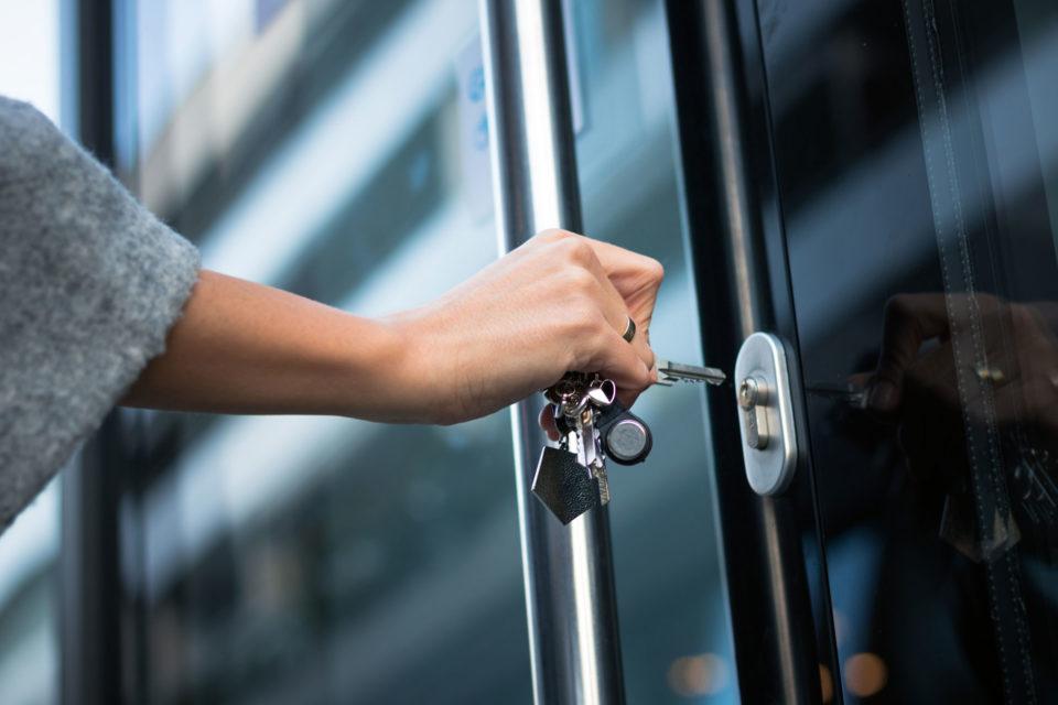 Schlüssel Türschloss aufsperren
